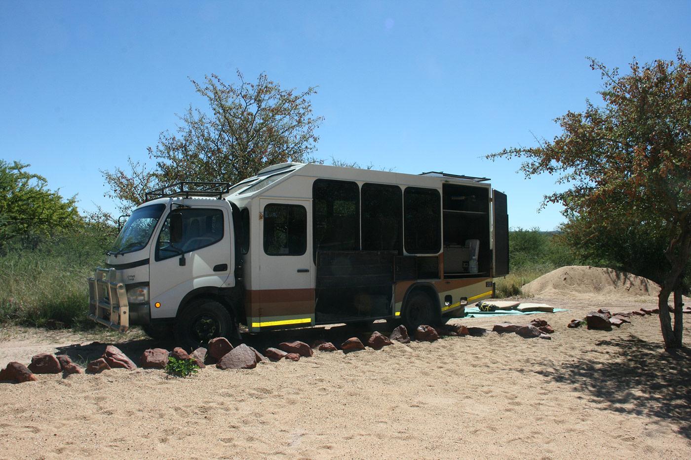 Chameleon Safari Truck