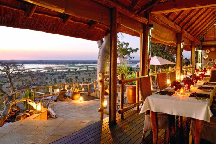 der Restaurantbereich der Ngoma Safari Lodge