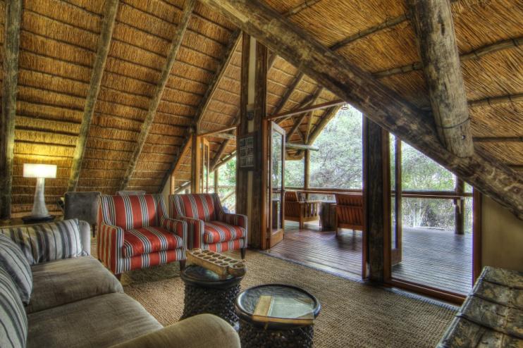 Savute Safari Lodge Bibliothek