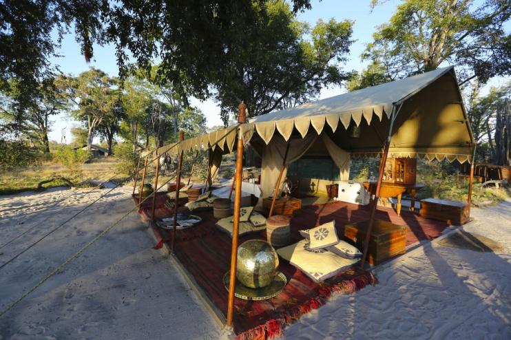 Landestypisches Zelt im Selinda Explorer Camp
