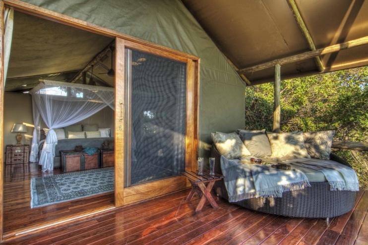 Shinde Camp Zimmer mit Terrasse Beispiel
