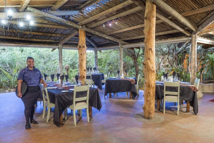 Im Restaurant von der Kariega Ukhozi Lodge