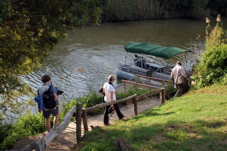 Auf dem Weg zur Bootssafari