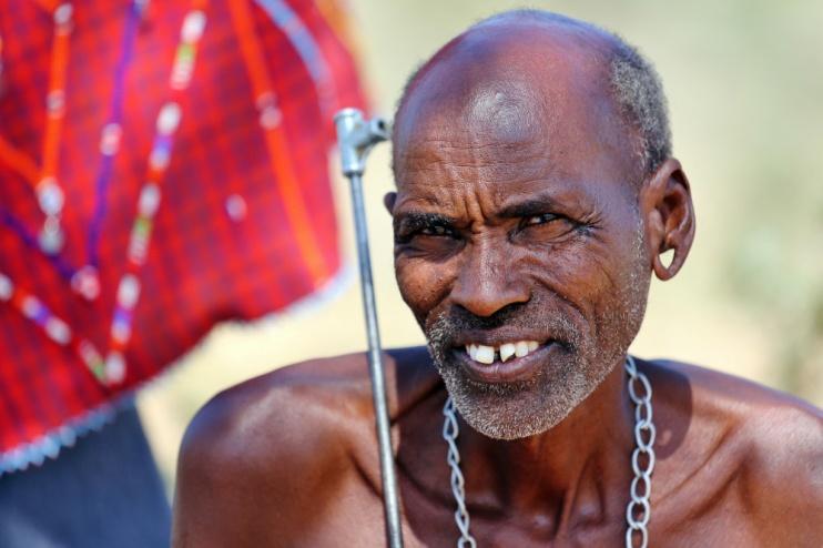Ein Samburu Mann im Samburu Reservat