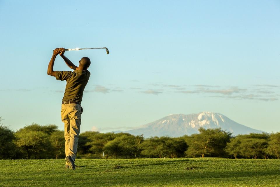 Golfen am Kilimanjaro