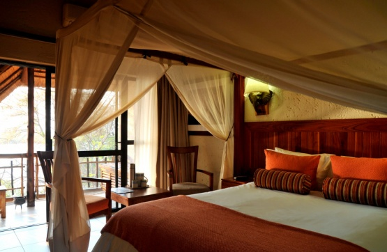 Cresta Mowana Safari Resort