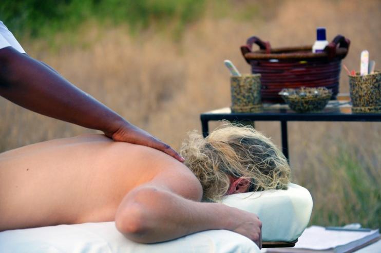 Massageservice im Tortilis Camp Amboseli