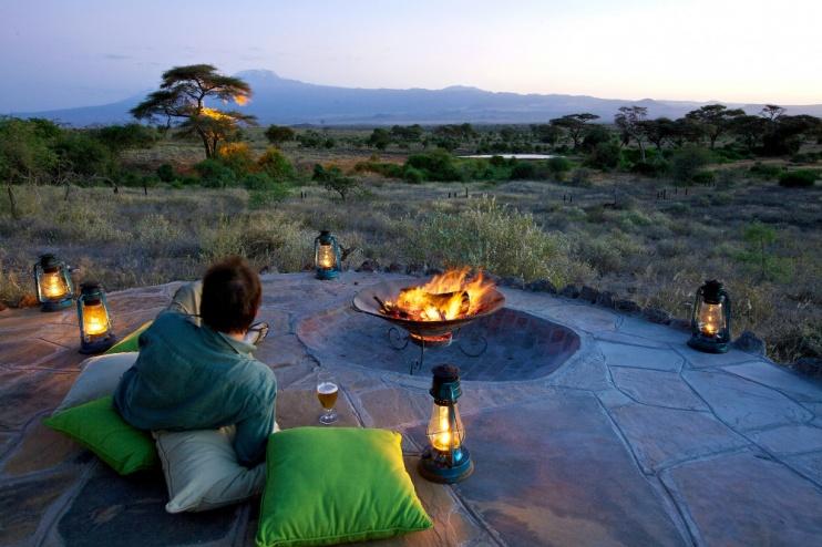 Lagerfeuer im Tortilis Camp Amboseli