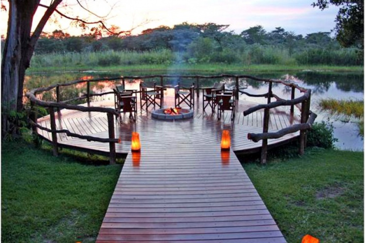 Camp Kwando, Braai am Flussufer