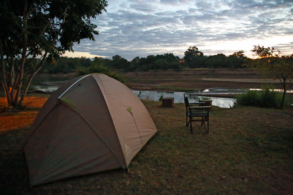 Camping am Fluss, South Luangwa-Nationalpark