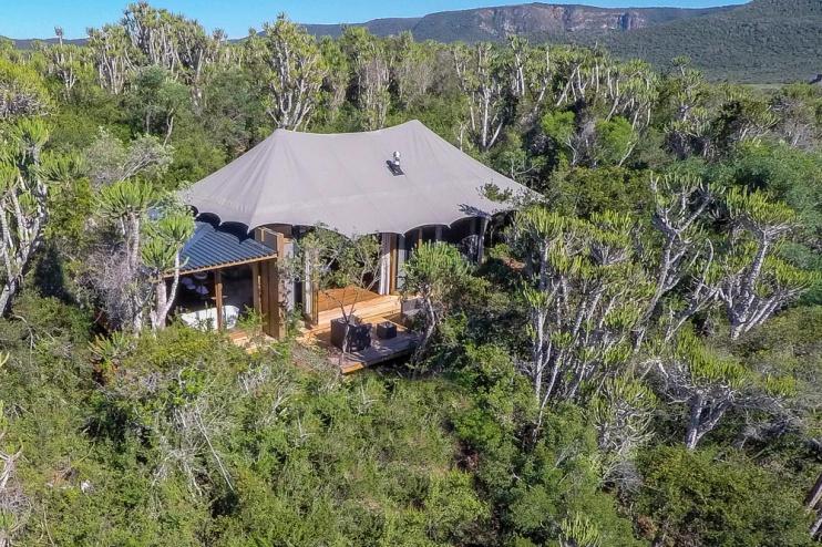 Ein Hauszeltbeispiel der Kariega Settlers Drift Lodge