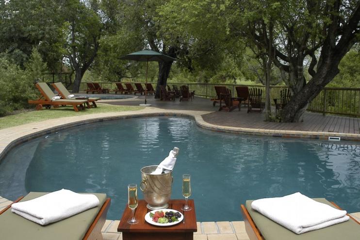 Pool der Sabi Sabi Bush Lodge