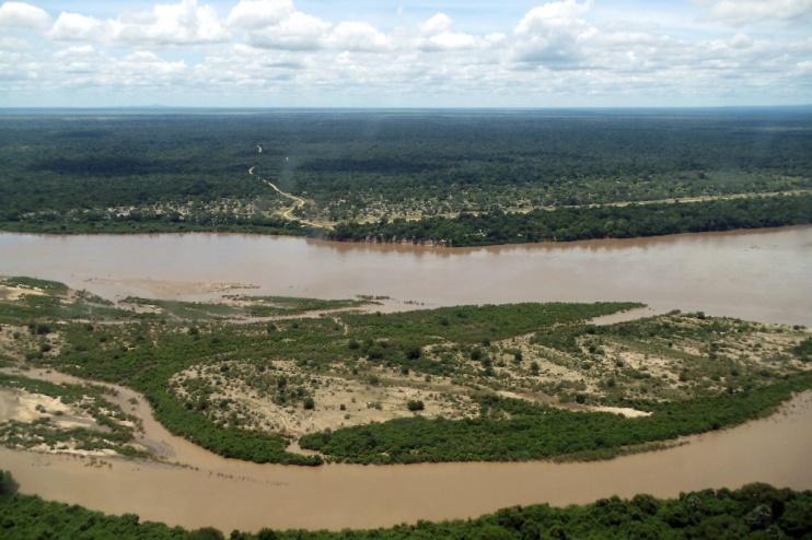 Der mächtige Rufiji Fluss im Selous Reservat