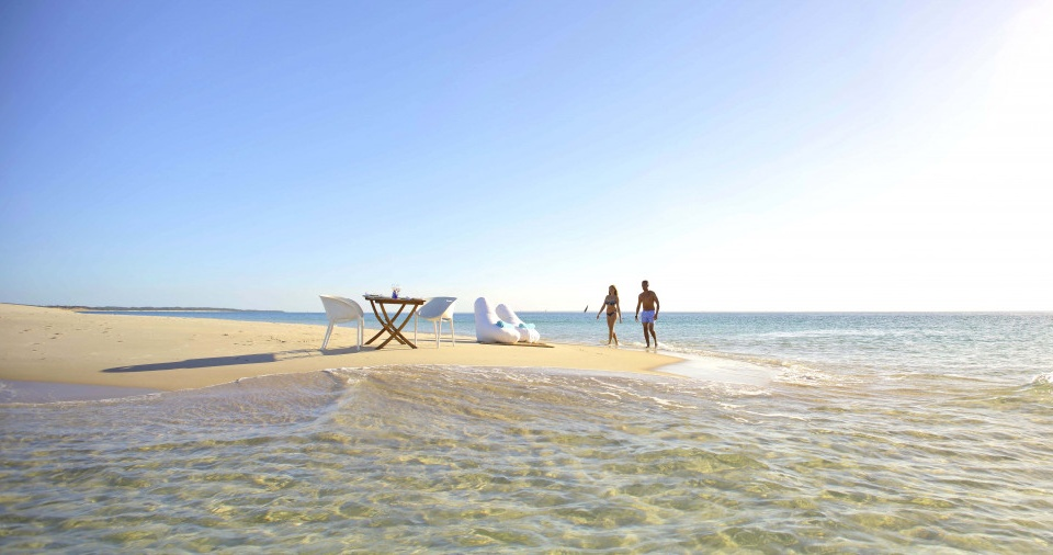 Picknick am Strand bei Azura Benguerra Island