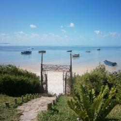 Panoramablick auf den Strand in Vilanculos