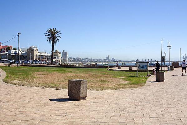 Port Elizabeth, Strandpromenade