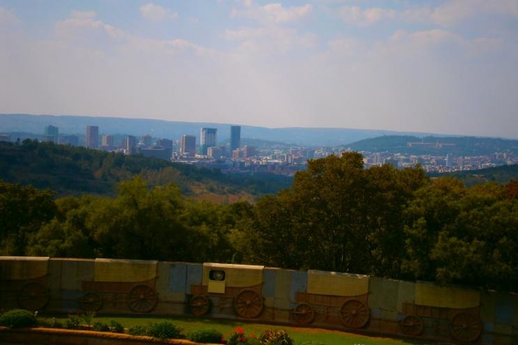 Pretoria, Blick auf die Stadt vom Voortrekker Denkmal aus